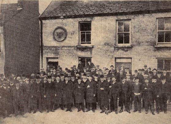 kanturk_nationalists-aoh-hall-1913_002